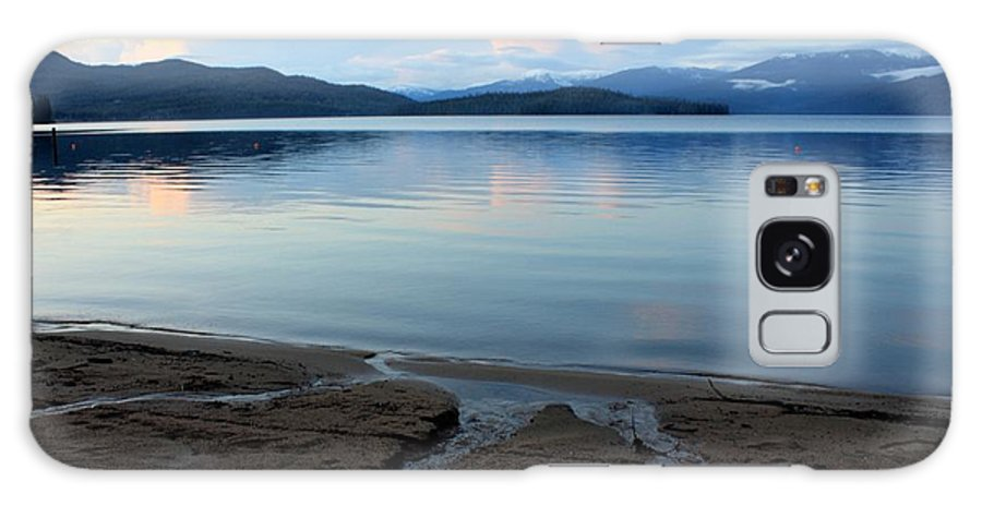 Beach Galaxy S8 Case featuring the photograph Peaceful Priest Lake by Carol Groenen