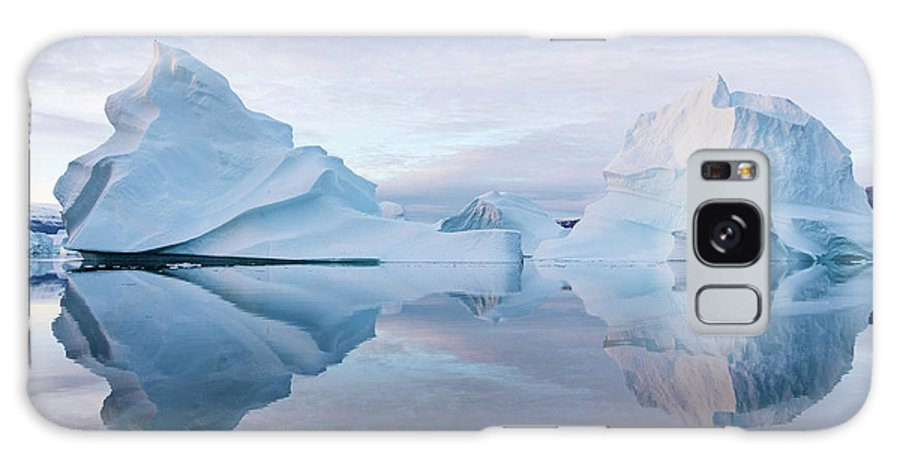 Greenland Galaxy S8 Case featuring the photograph Perfect Serenity by Rudy De Maeyer