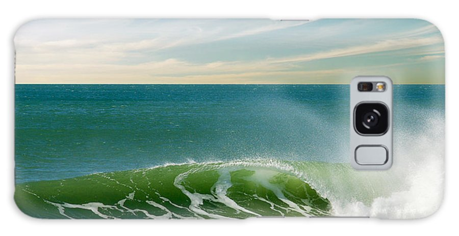 Atlantic Galaxy S8 Case featuring the photograph Perfect Wave by Carlos Caetano