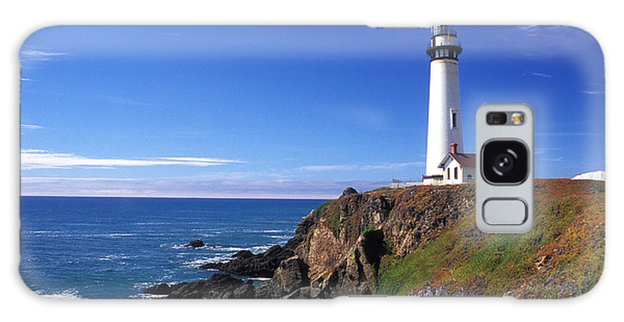 Lighthouses Galaxy S8 Case featuring the photograph Pigeon Point Lighthouse 2 by Kathy Yates