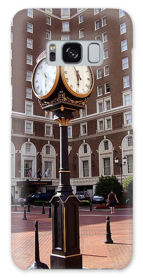 Poinsett Hotel Galaxy S8 Case featuring the photograph Poinsett Hotel Greeenville Sc by Flavia Westerwelle