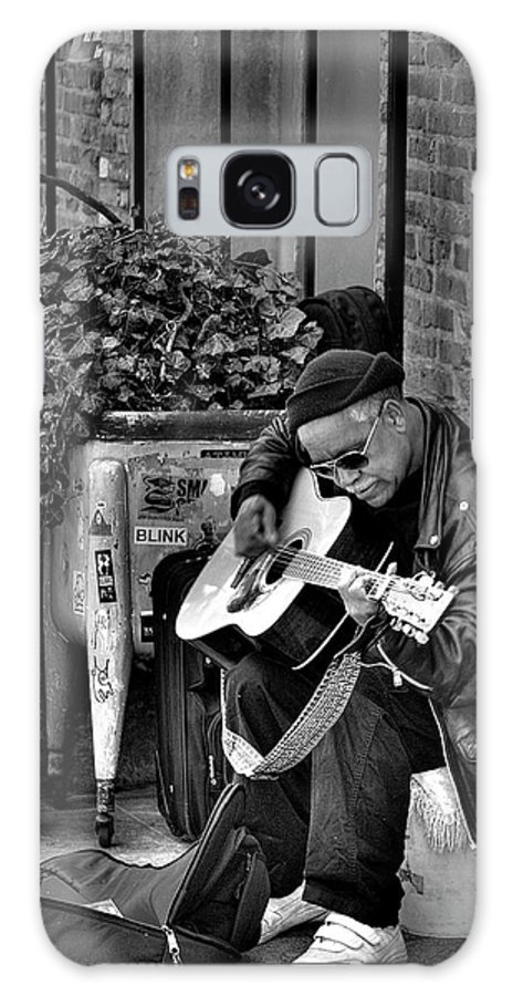 Street Musician Galaxy S8 Case featuring the photograph Post Alley Musician In Black And White by David Patterson