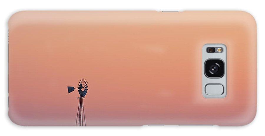 Water Galaxy S8 Case featuring the photograph Prairie Pump by Steve Gadomski
