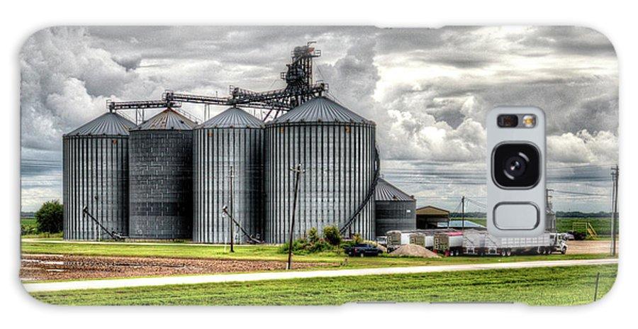 Landscape Galaxy S8 Case featuring the photograph Premier Grain - Ganado, Tx by Greg Vajdos
