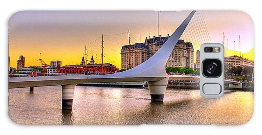 Buenos Galaxy S8 Case featuring the photograph Puente La Mujer by Francisco Colon