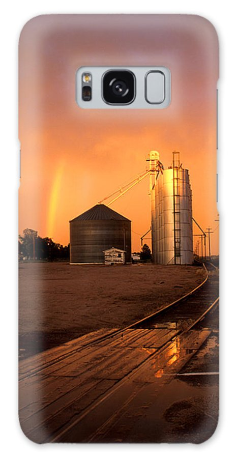 Potter Galaxy S8 Case featuring the photograph Rainbow In Potter by Jerry McElroy