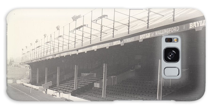 Galaxy S8 Case featuring the photograph Reading - Elm Park - Norfolk Road Stand 1 - Bw - 1968 by Legendary Football Grounds