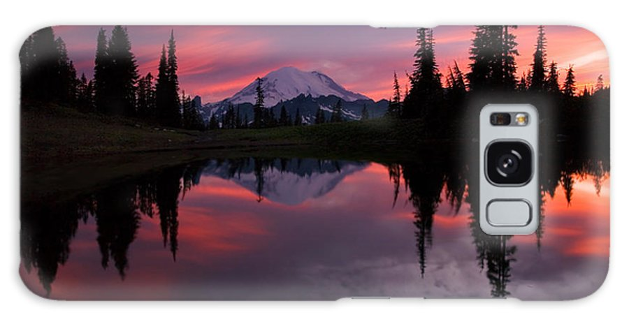 Rainier Galaxy Case featuring the photograph Red Sky At Night by Mike Dawson