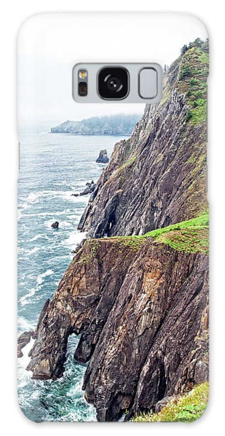 Ocean Galaxy S8 Case featuring the photograph Rugged Oregon Coast On A Foggy Day by Lincoln Rogers