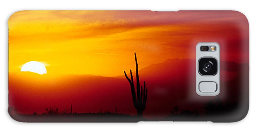Arizona Galaxy S8 Case featuring the photograph Saguaro Sunset by Randy Oberg