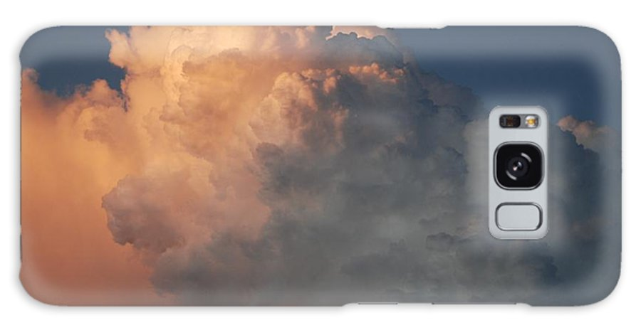 Clouds Galaxy S8 Case featuring the photograph Salmon Sky by Rob Hans