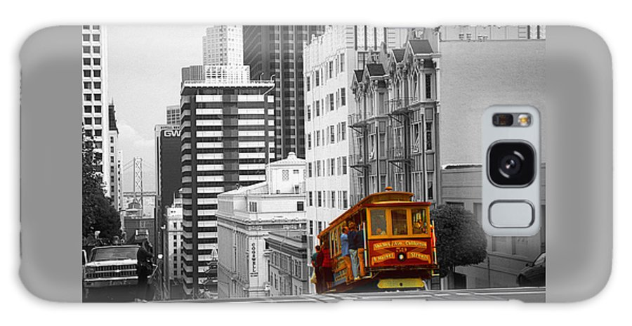 San+francisco Galaxy S8 Case featuring the photograph San Francisco - Red Cable Car by Peter Potter