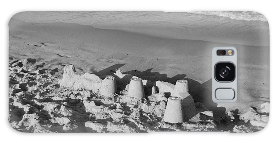 Sea Scape Galaxy Case featuring the photograph Sand Castles By The Shore by Rob Hans