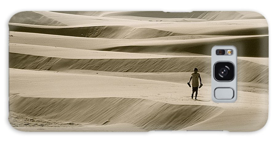 Scenic Galaxy S8 Case featuring the photograph Sand Walker by Mark Lemon