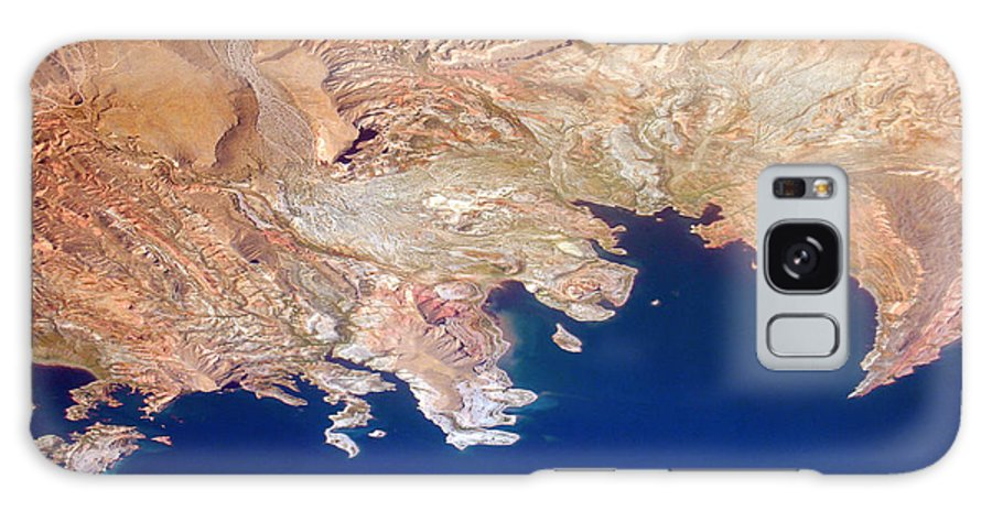 Abstract Galaxy S8 Case featuring the photograph Shores Of Lake Mead Planet Art by James BO Insogna