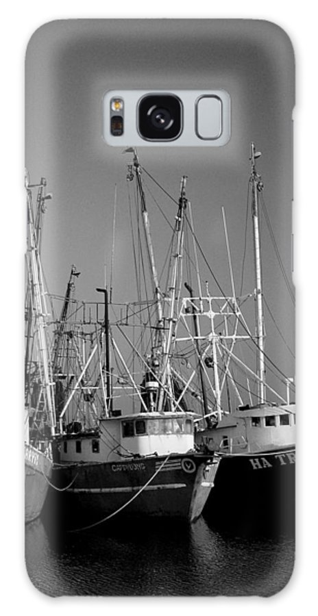 Shrimp Boat Galaxy S8 Case featuring the photograph Shrimper Fleet by Mark Grayden