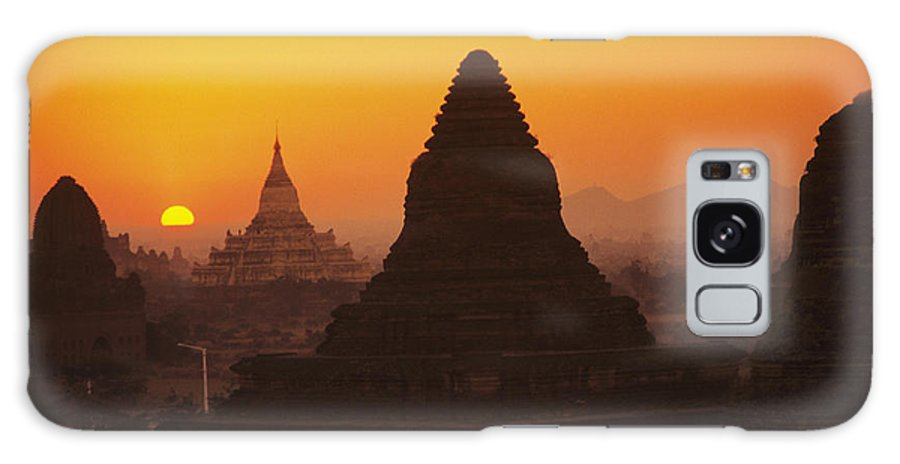 Ancient Galaxy S8 Case featuring the photograph Shwesandaw Paya Temples by Gloria & Richard Maschmeyer - Printscapes