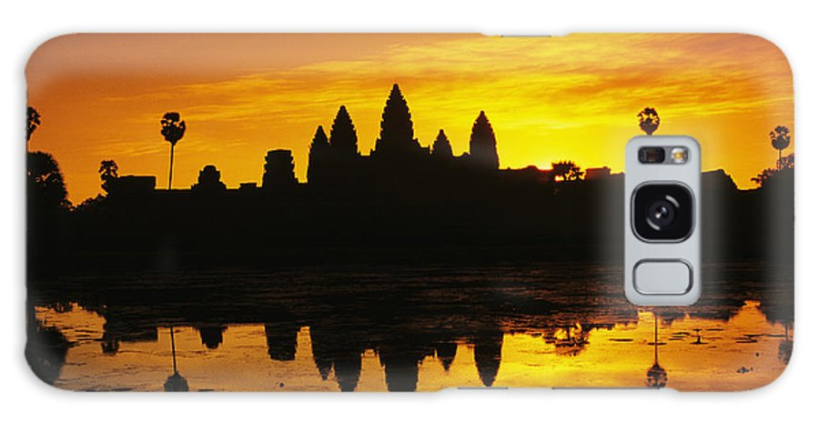 Ancient Galaxy S8 Case featuring the photograph Siem Reap, Angkor Wat by Gloria & Richard Maschmeyer - Printscapes