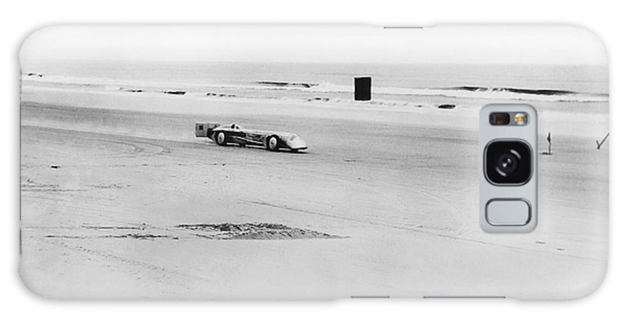 1920s Galaxy S8 Case featuring the photograph Silver Bullet At Daytona by Underwood Archives