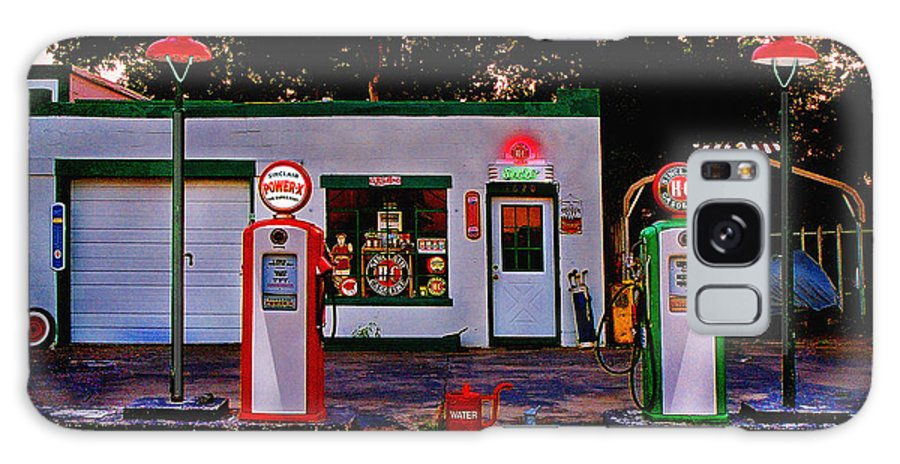 Gas Station Galaxy S8 Case featuring the photograph Sinclair by Steve Karol