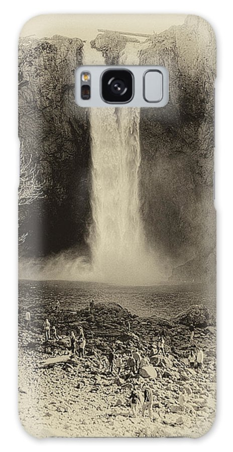 Snoqualmie Falls Galaxy S8 Case featuring the photograph Snoqualmie Falls by David Patterson