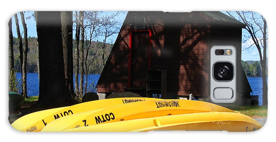 Yellow Canoes Galaxy S8 Case featuring the photograph Springtime In Speculator by Denise Keegan Frawley