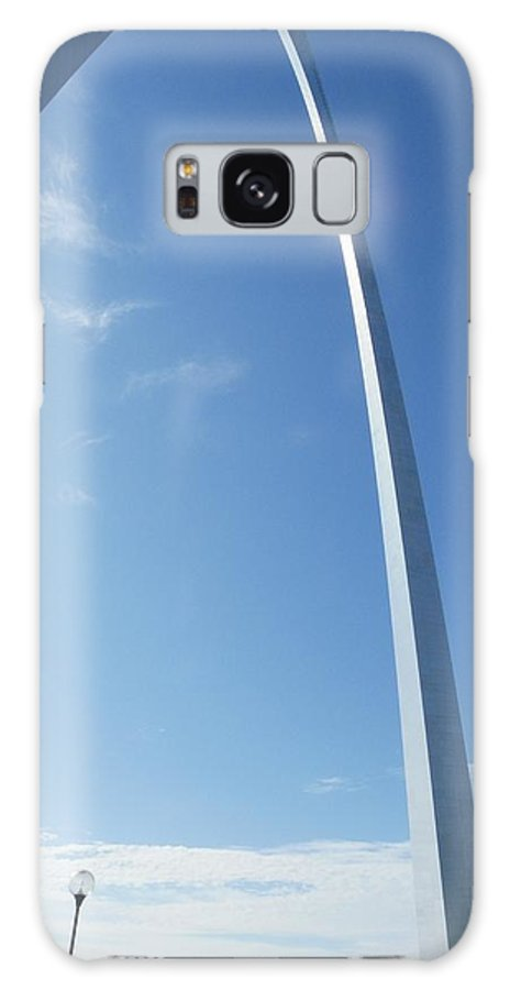 St. Louis Galaxy S8 Case featuring the photograph St. Louis Arch by Peggy King