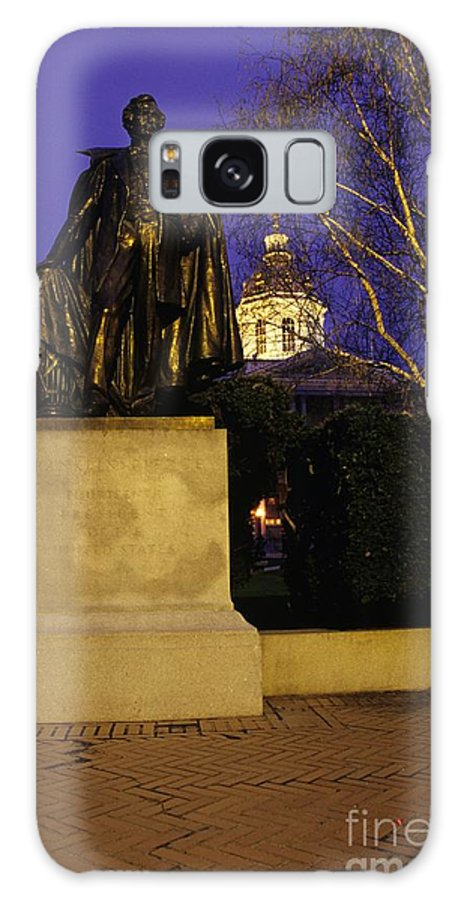 Concord Galaxy S8 Case featuring the photograph State Capitol Building - Concord New Hampshire Usa by Erin Paul Donovan