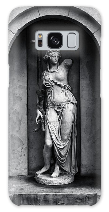 Black And White Galaxy S8 Case featuring the photograph Statue Under Cover by Scott Wyatt