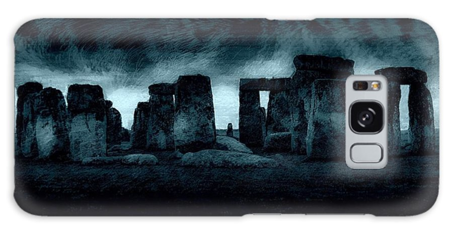 England Galaxy S8 Case featuring the photograph Stonehenge Mood by Jeff Watts