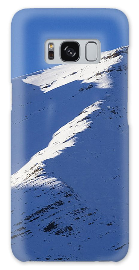 Snow Galaxy S8 Case featuring the photograph Sunlit Ridge by Peter Coombes
