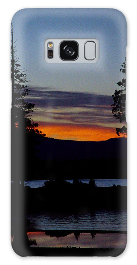 Lake Almanor Galaxy S8 Case featuring the photograph Sunset At Lake Almanor by Peter Piatt