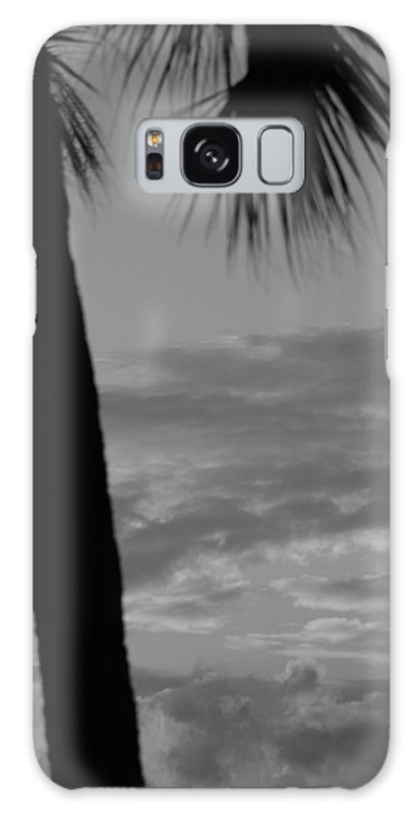 Black And White Galaxy S8 Case featuring the photograph Sunset In Black And White by Rob Hans