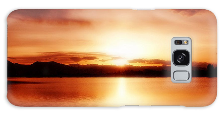 Lake Galaxy S8 Case featuring the photograph Sunset by Marilyn Hunt