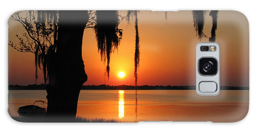 Nature Galaxy S8 Case featuring the photograph Sunset On Lake Minneola by Peg Urban