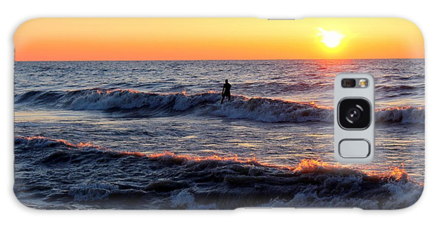Grand Bend Galaxy S8 Case featuring the photograph Surf's Up Grand Bend by John Scatcherd
