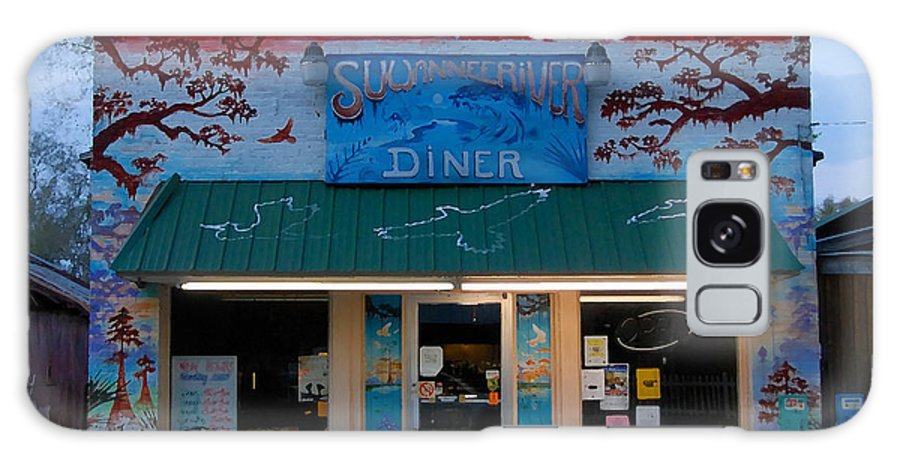 Suwanee River Galaxy S8 Case featuring the photograph Suwannee River Diner by David Lee Thompson