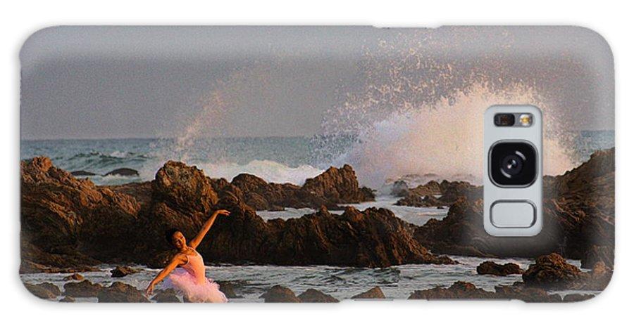 Swan In Ocean Galaxy S8 Case featuring the photograph Swan In Ocean by Viktor Savchenko