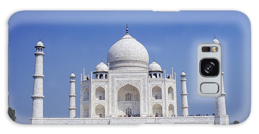 Agra Galaxy S8 Case featuring the photograph Taj Mahal Landscape by Gloria & Richard Maschmeyer - Printscapes