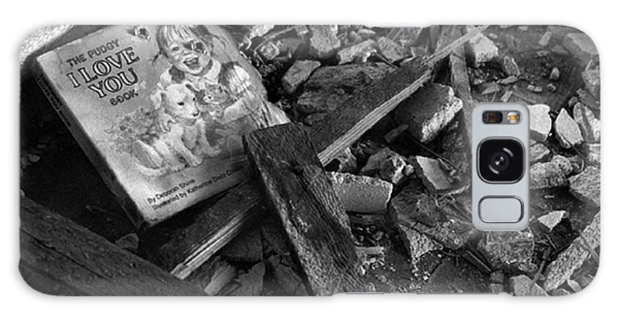 Dark Art Galaxy S8 Case featuring the photograph Tell Me A Story by Peter Piatt