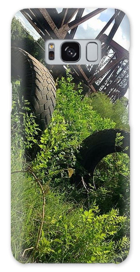 Trains Galaxy S8 Case featuring the photograph Texas Railway And Tires by Lindsay Wood