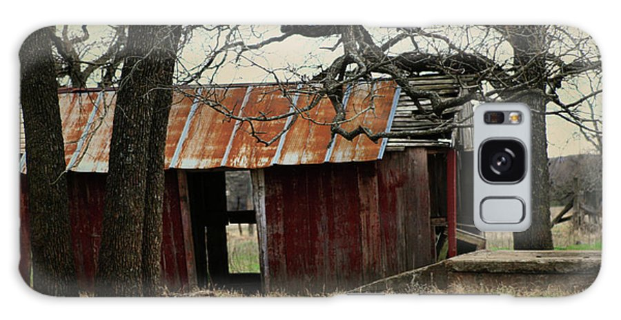 Barn Galaxy S8 Case featuring the photograph The Barn Out Back by Toni Hopper