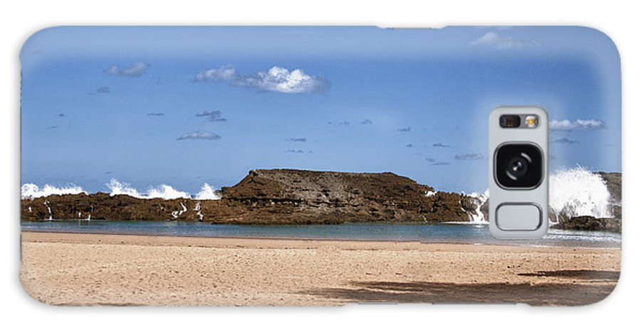 Hdr Galaxy S8 Case featuring the photograph The Beach At Vega Baja Puerto Rico by Frank Feliciano