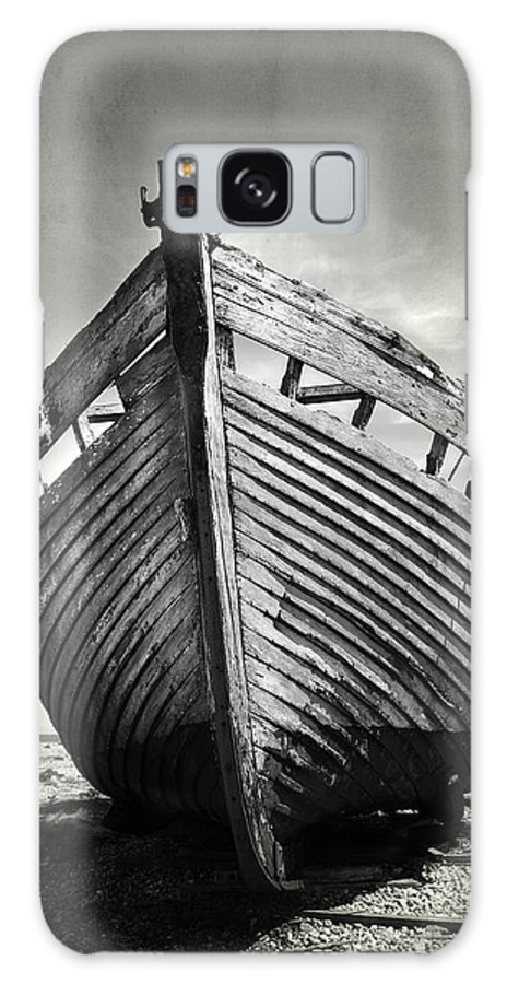Boat Galaxy S8 Case featuring the photograph The Clinker by Mark Rogan