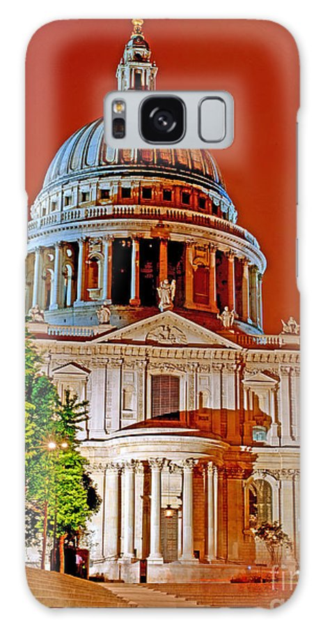 Dome Galaxy S8 Case featuring the photograph The Dome Of St Pauls by Chris Smith