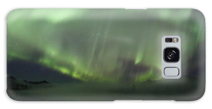 Northern Lights Galaxy S8 Case featuring the photograph The Northern Lights Over The Denali Highway's Twin Lakes by Steve Wolfe