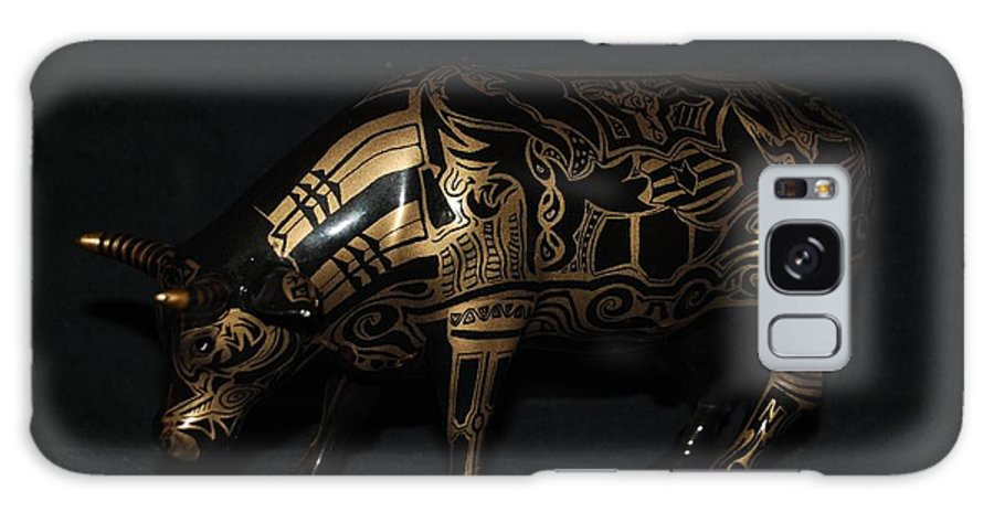 Tattoo Galaxy S8 Case featuring the photograph The Tattooed Cow by Rob Hans