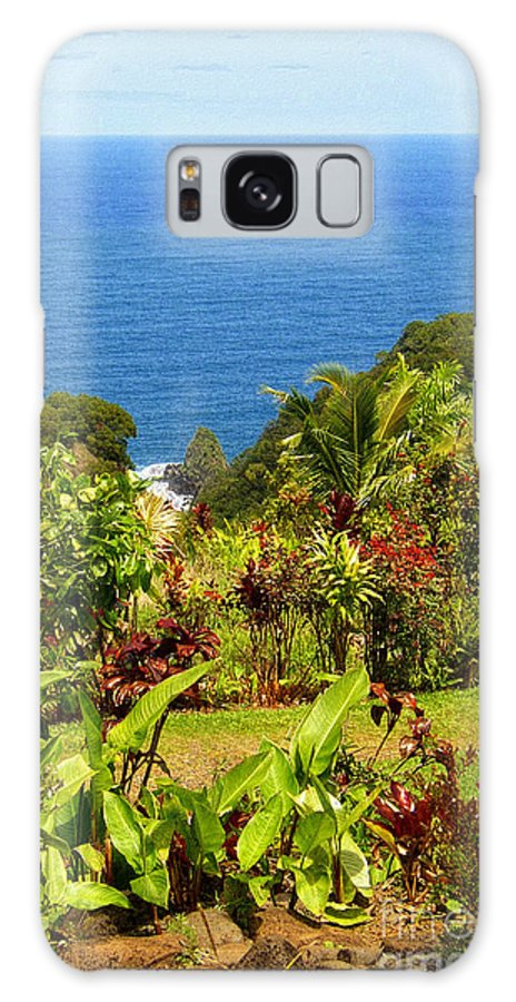 Maui Galaxy S8 Case featuring the photograph There Is A Paradise - Maui Hawaii by Glenn McCarthy Art and Photography