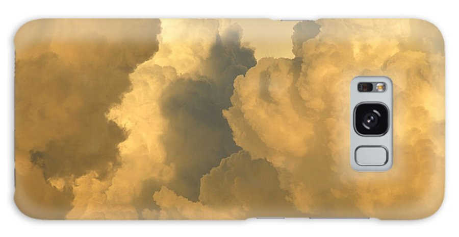 Clouds Galaxy S8 Case featuring the photograph Thunder Heads by David Lee Thompson