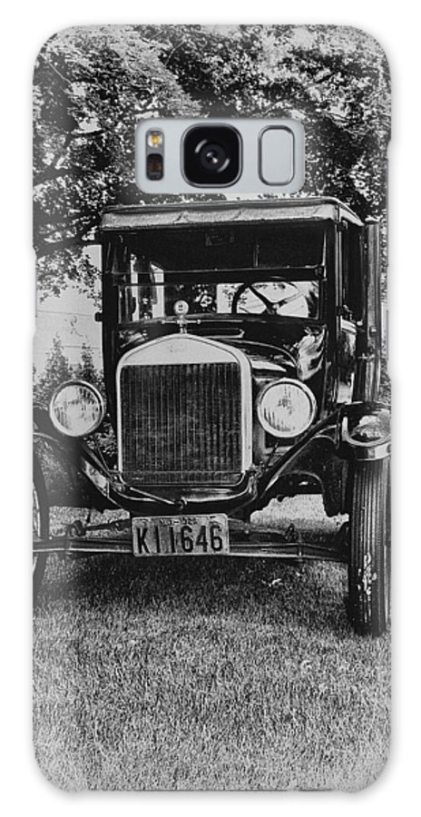 Ford Model T Galaxy S8 Case featuring the photograph Tin Lizzy - Ford Model T by Bill Cannon